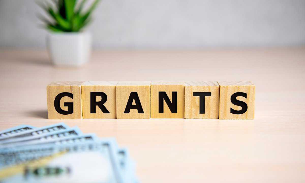 Bonus of £1,000 to help businesses take on trainees